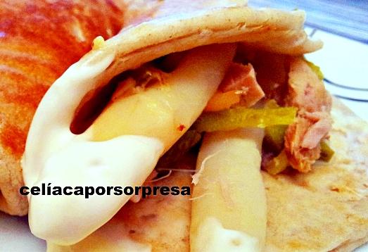 crepes-de-salmon-ahumado-atun-y-esparragos-blancos
