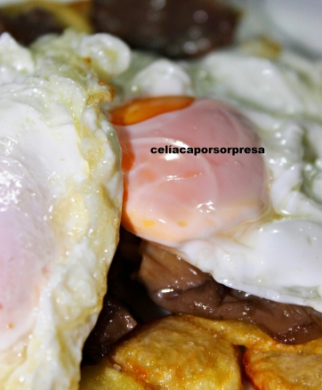 huevos rotos con setas4