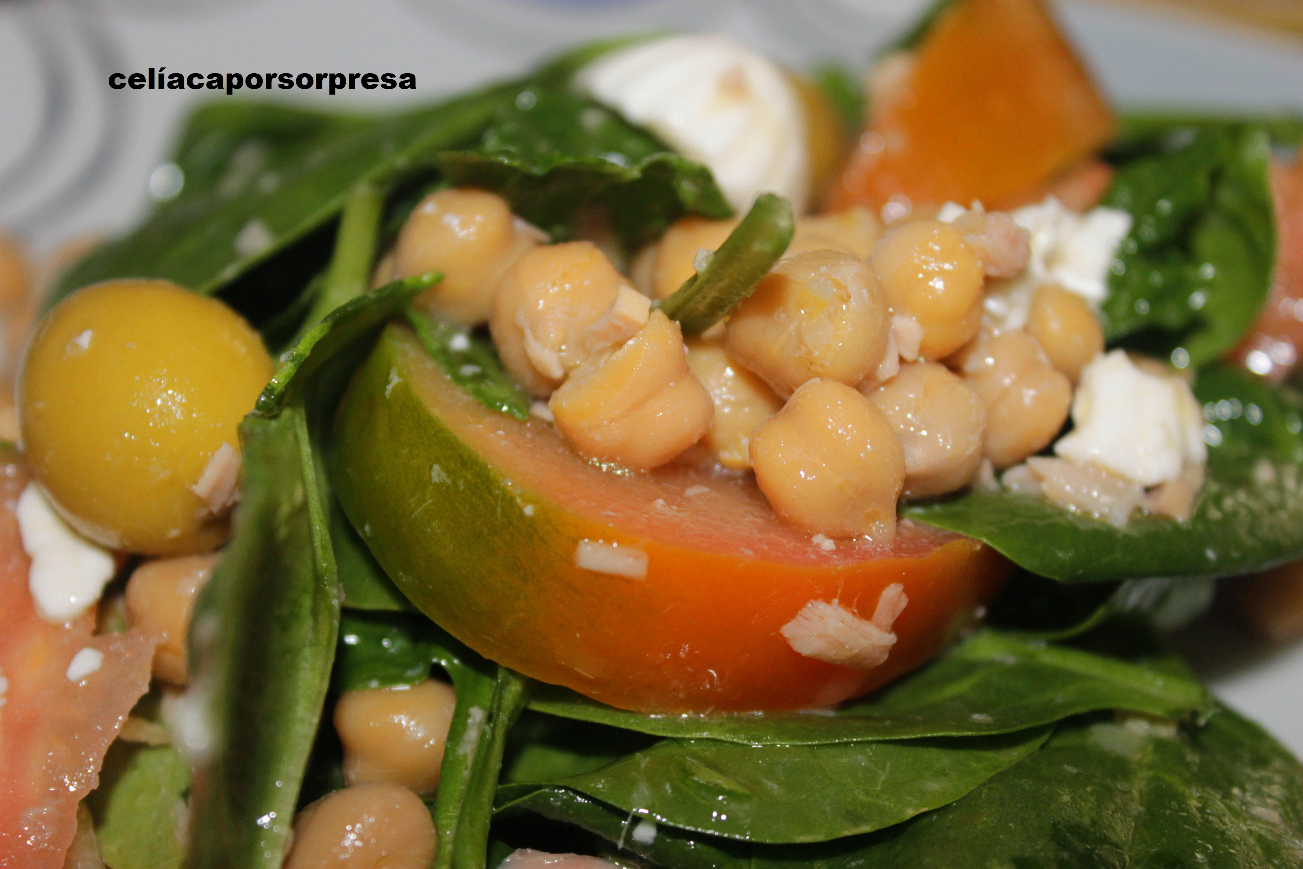Ensalada De Espinacas Y garbanzos
