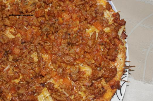 pizza boloñesa con chistorra