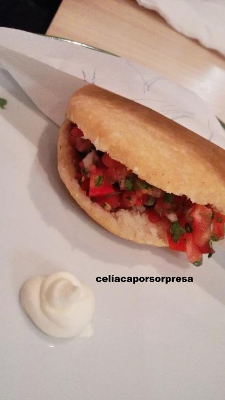 arepa-pico-de-gallo-sin-gluten-mauz