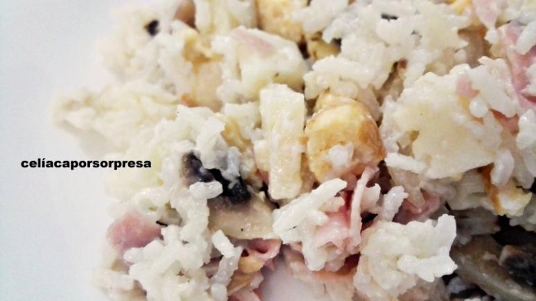 ensalada-de-arroz-con-mayonesa-de-cerca
