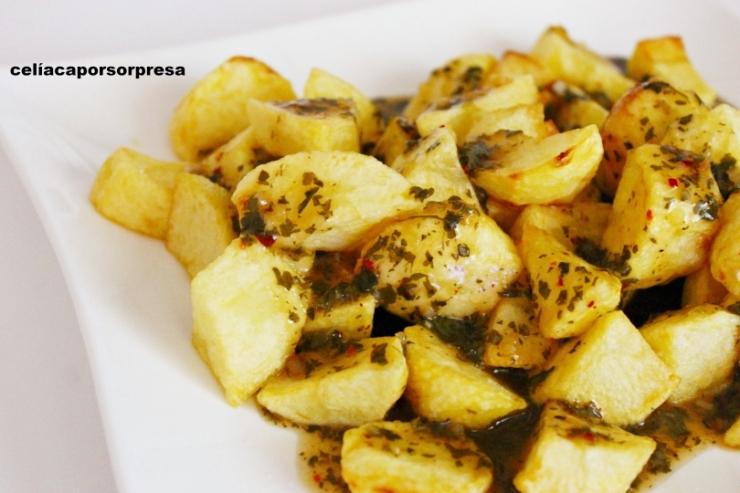 patatas-con-salsa-chimichurri