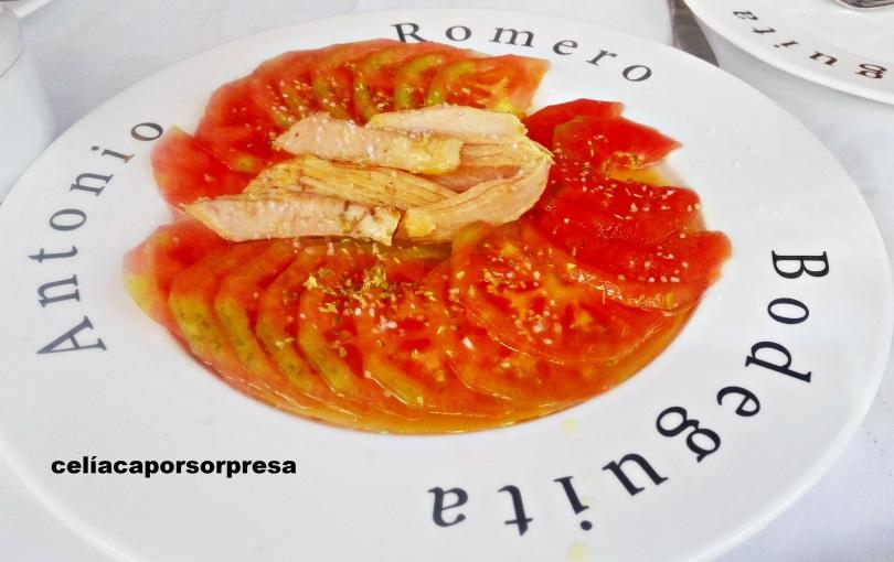 ensalada-de-tomate-con-atun-bodeguita-antonio-romero