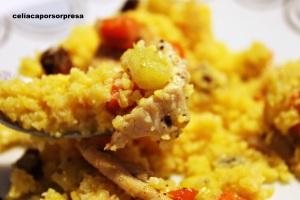 cous-cous-de-pollo-con-verduras-de-cerca-sin-gluten
