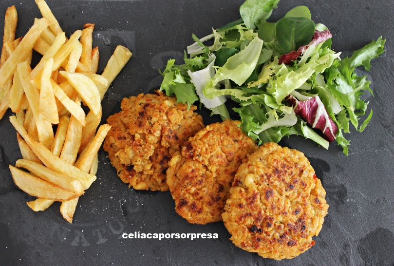 hamburguesas-tomate-albahaca-desde-arriba