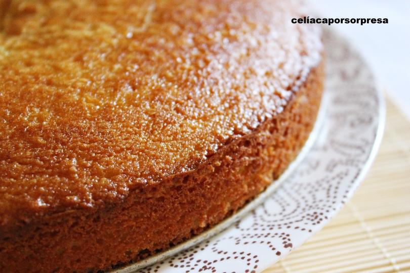 bizcocho-de-almendra-manzana