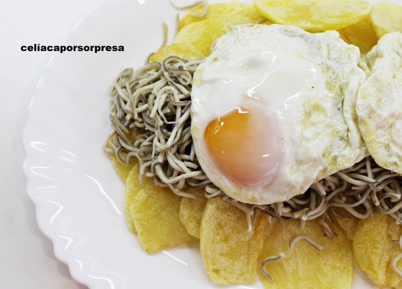 huevos, patatas y gulas-desde-arriba