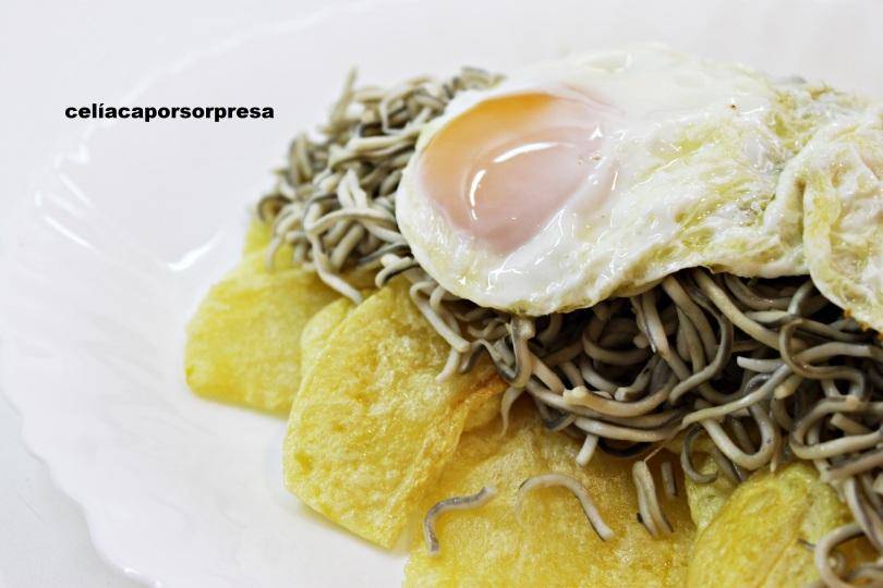 huevos, patatas y gulas